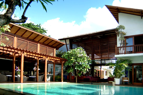 Holiday villa rental casis in sanur 6 bedrooms near beach for 6 bedroom villa bali