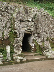 Goa_Gajah-Elephant_Cave_Entrance
